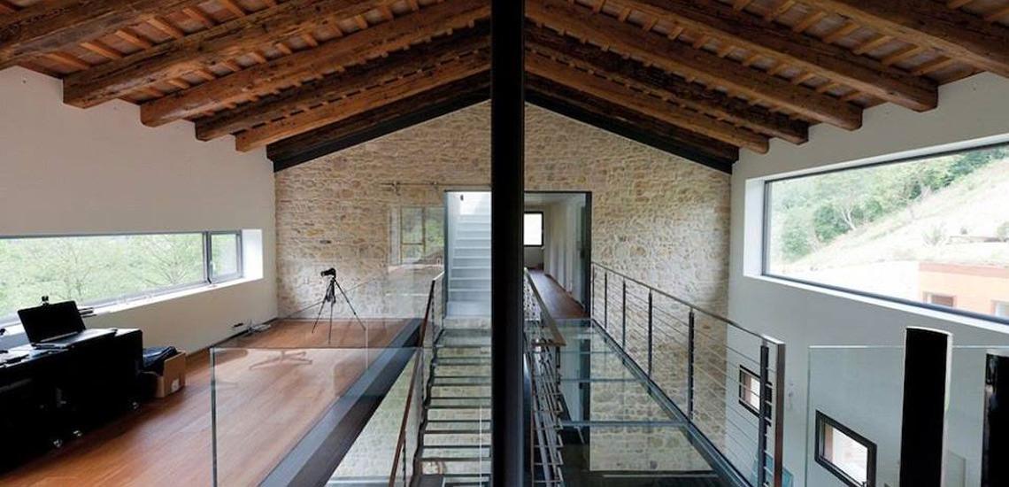 Scale e ringhiere caserta fumante design - Casa in acciaio e vetro ...